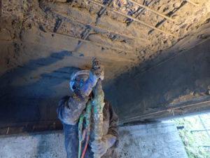 断面修復工 ポリマーセメントモルタル吹付状況