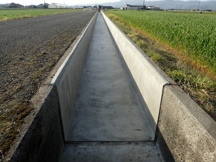 令和2年度かんがい水利事業 野崎地区 中4番割用水路補修工事